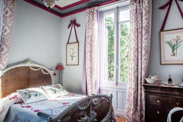 Chambre rose maison d'hôtes la Guérandière